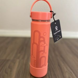 Hydro Flask 🏄🏼‍♀️Hawaii🏄🏼‍♂️ Coral